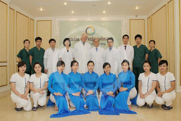 Đội ngũ bác sĩ Đông Á
