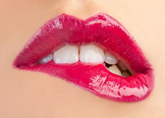 Bí quyết để có đôi môi đẹp, tươi tắn hơn trong ngày hè