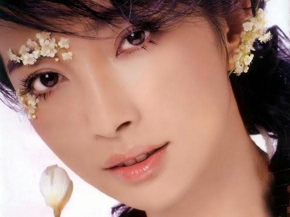 Mắt đẹp quyến rũ với xăm mí mắt vi chạm Hàn Quốc