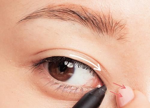3 cách kẻ mí mắt giúp mắt to và đẹp tự nhiên 1