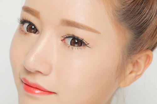 Chia sẻ bí quyết: Xăm môi màu gì đẹp?