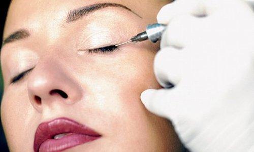 Xăm mí mắt có dễ bị lây các bệnh truyền nhiễm không?
