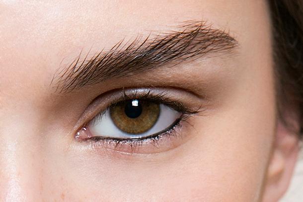Xăm mí mắt là việc làm quan trọng giúp khuân mặt đẹp thanh tú